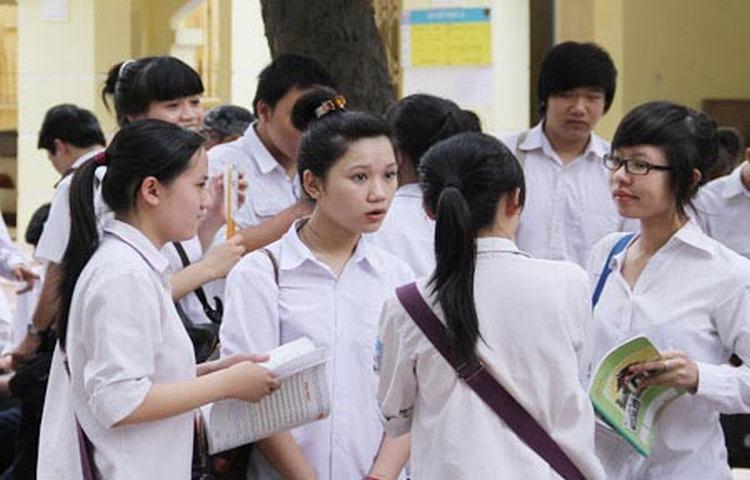 Hà Nội: Các trường chuyên công bố điểm chuẩn lớp 10