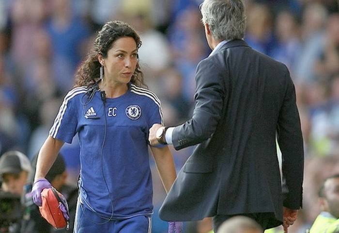Mourinho được tuyên trắng án vụ chửi tục nữ bác sĩ Eva
