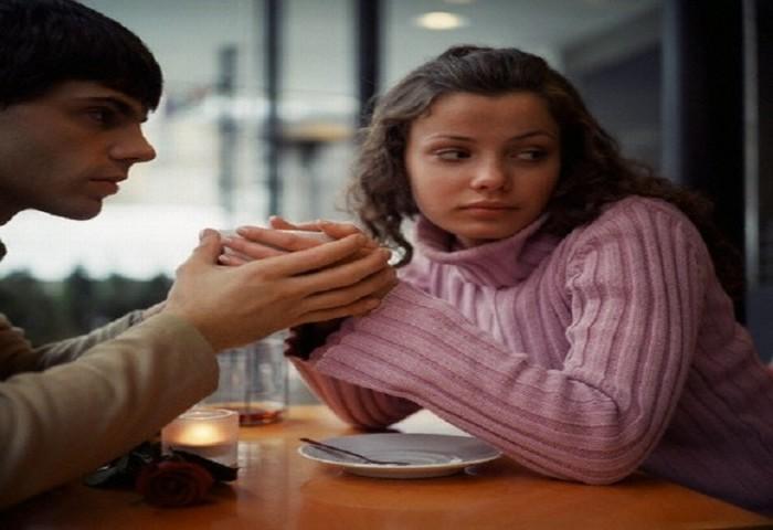 """""""Nếu sau này ly dị, thì gọi điện cho anh"""""""