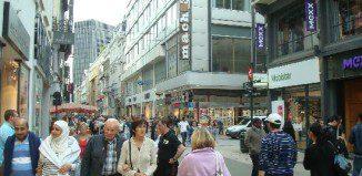 Rue Neuve - Du lịch châu Âu - GSV Travel