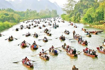"""Du lịch chùa Hương """"nóng"""" trước ngày khai hội"""