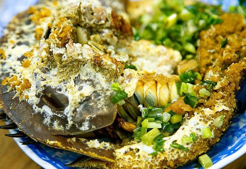 Về với Cát Bà thưởng thức món ngon từ sam biển