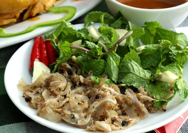 Hương vị đặc trưng của tré Bình Định
