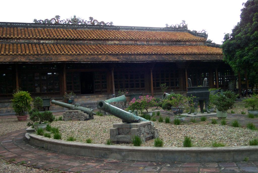 Khám phá cung điện đẹp nhất trong kinh thành Huế