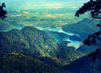 Vẻ đẹp lãng mạn của đỉnh Bạch Mã
