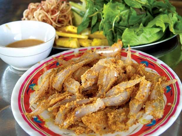 Hương vị đặc trưng riêng có của gỏi cá mòi Quảng Ninh