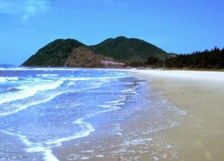 Nét đẹp thiên nhiên kỳ vĩ của biển Quan Lạn