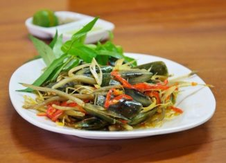 Gỏi cà xỉu – Món độc miền sông nước Hà Tiên