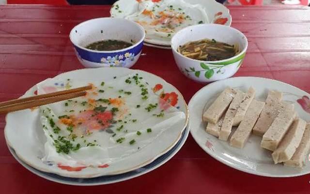 Ngất ngây đĩa bánh ướt mắm nêm Ninh Hòa