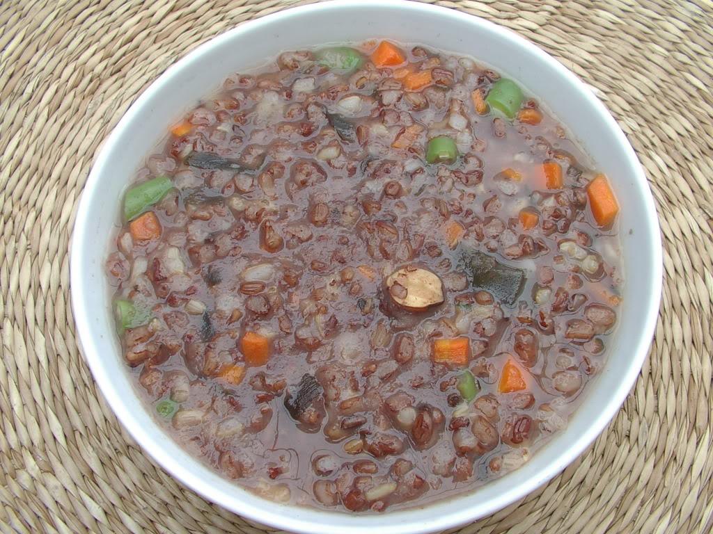 Cháo gạo đỏ – Hương vị ẩm thực xứ Huế