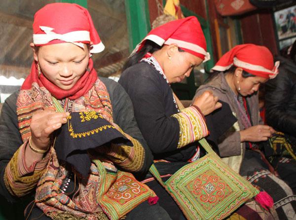 Khám phá nét văn hóa độc đáo của người Dao ở Sapa