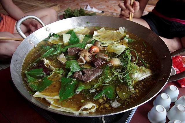 Thắng cố - món ăn đặc sắc làm từ thịt ngựa