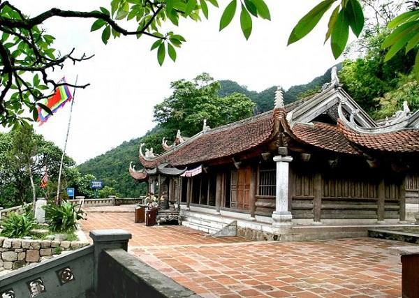 Không gian kiến trúc tôn nghiêm của chùa Hoa Yên