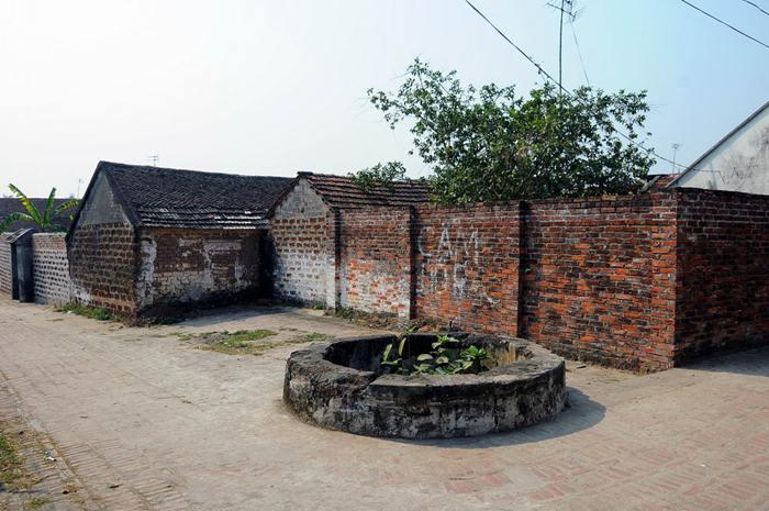 Vẻ tĩnh mịch xưa cũ của làng cổ Đường Lâm