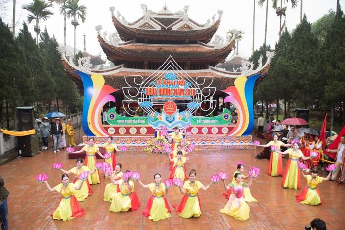 Tăng cường tuần tra tại lễ hội chùa Hương 2018