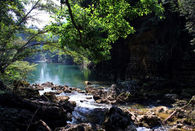 Hành trình khám phá vẻ đẹp mê hồn của Hưng Tụng