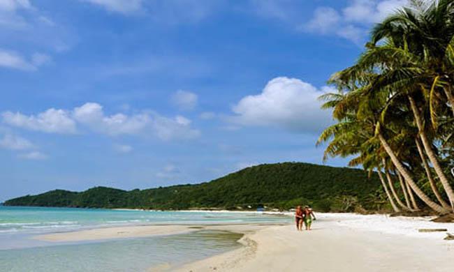 bãi tắm Sơn Hào - GSV Travel