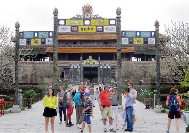Du lịch Huế đón hơn 1,15 triệu lượt khách quốc tế