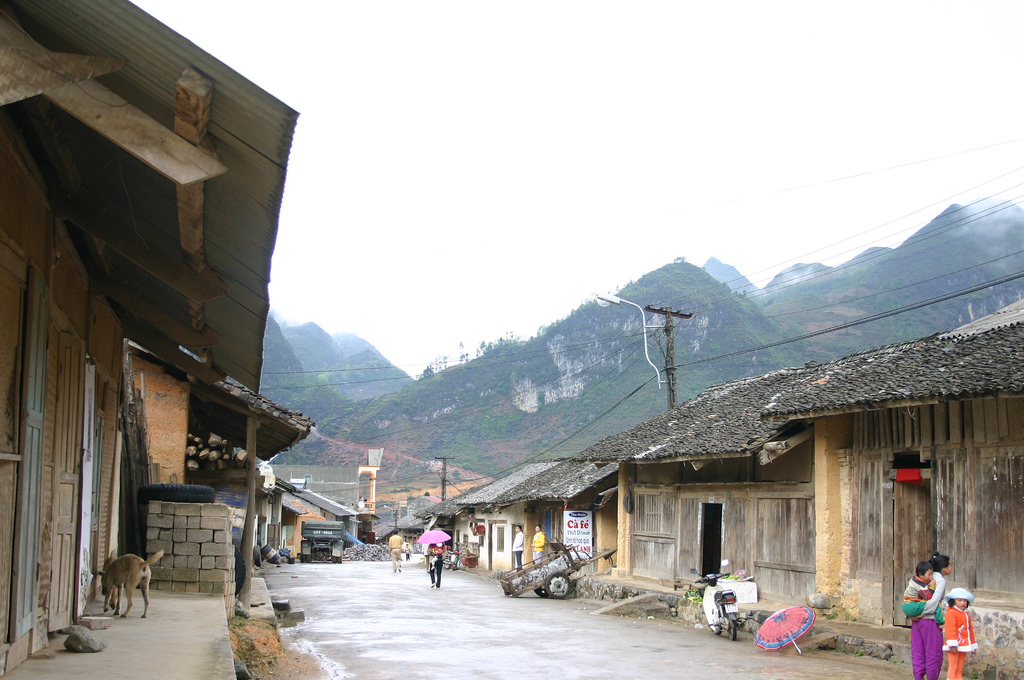 Trọn vẹn vẻ đẹp nguyên sơ tĩnh lặng của thị trấn Phó Bảng