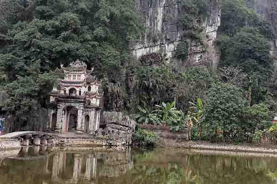 Cảnh quan thiên nhiên tuyệt đẹp của vườn chim Thung Nham