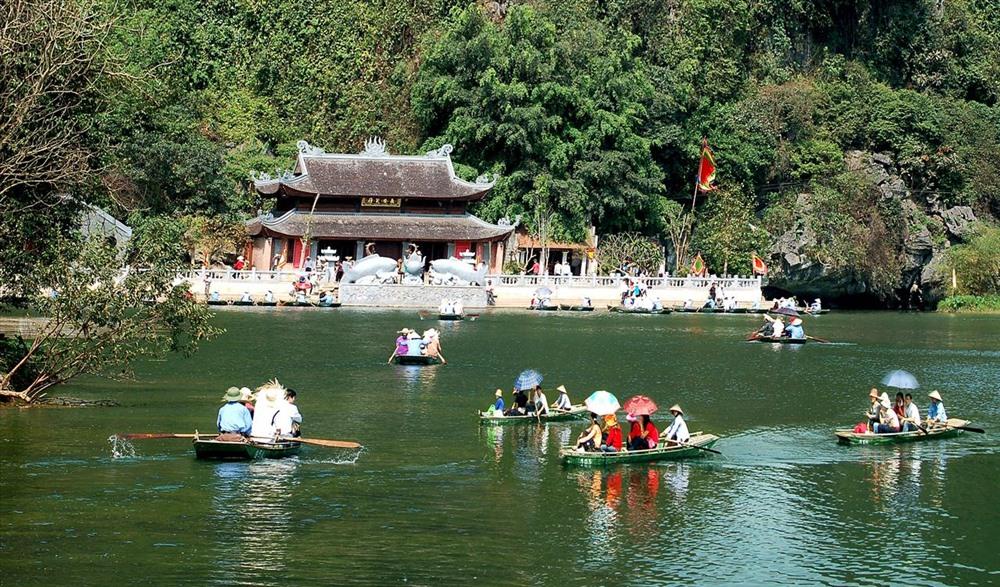 Khu du lịch tâm linh Hương Sơn: Liệu có phá vỡ những giá trị văn hóa linh thiêng