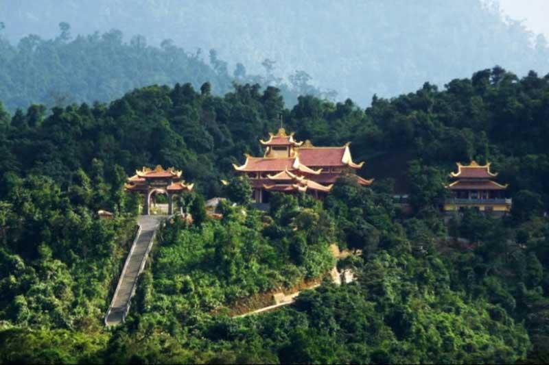Khu du lịch sinh thái Tây Yên Tử đón hơn 5 vạn du khách trong dịp Tết Kỷ Hợi