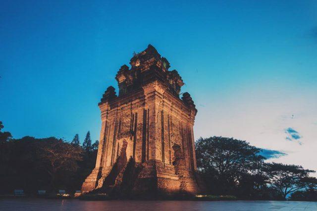 Tháp Nhạn – Điểm nhấn kiến trúc độc đáo của Nha Trang